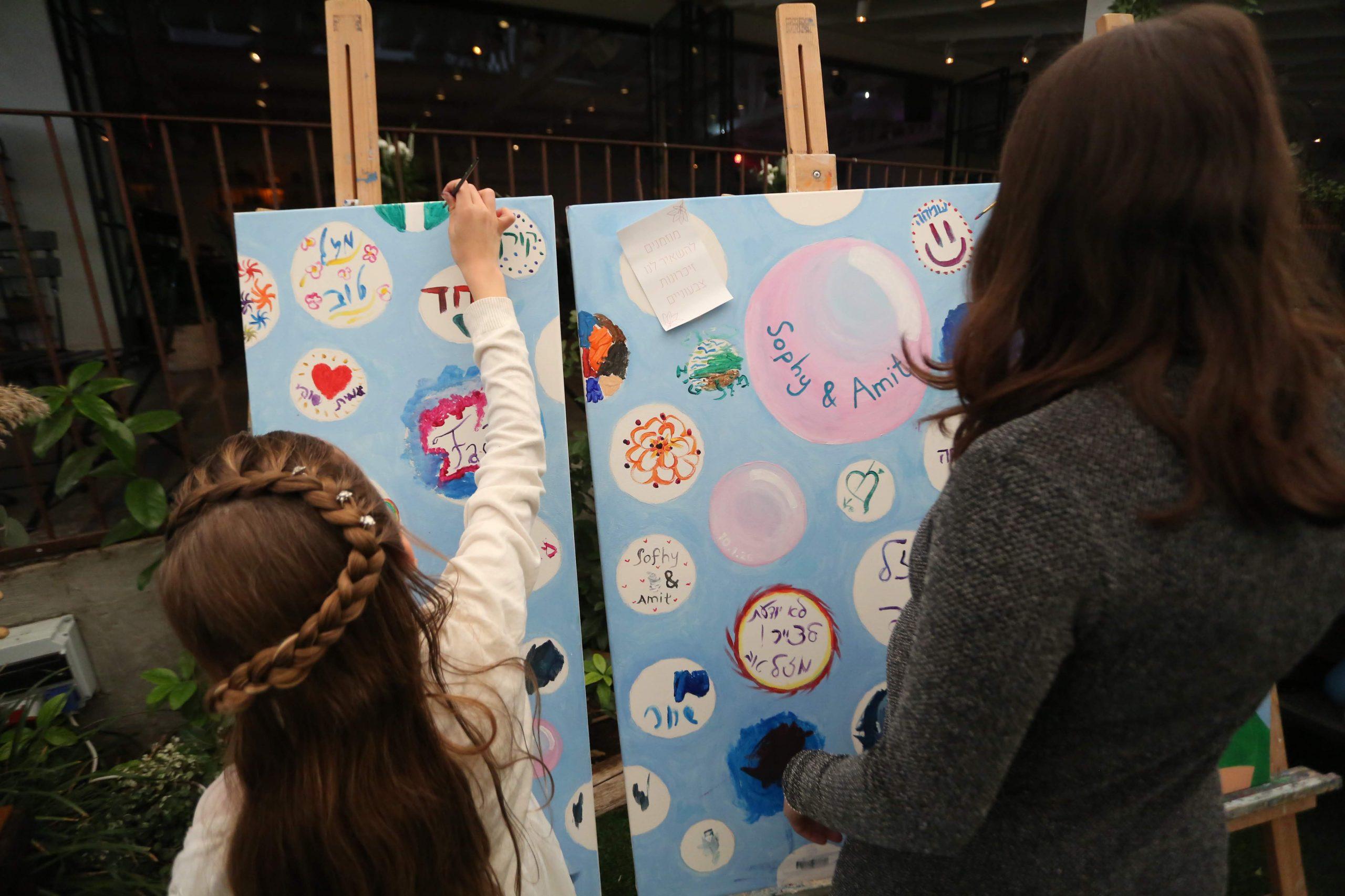 ציור משותף על קנווס אירוע